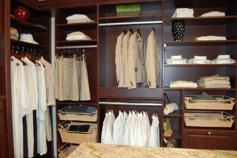A Master Closet Designs 772 781 7357